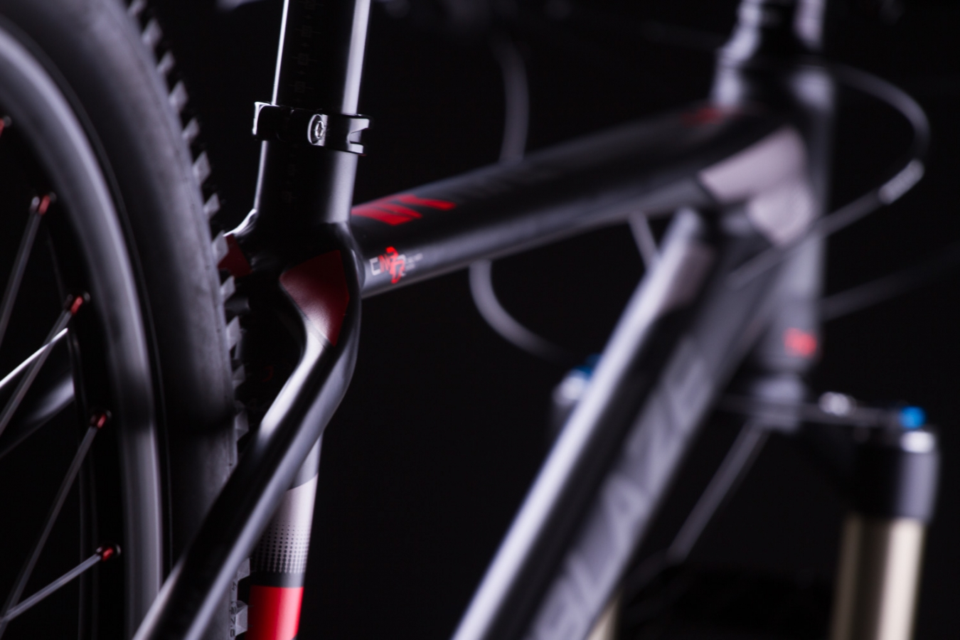 LAF LIGHT ALLOY FRAME - R9 TEAM 27 16